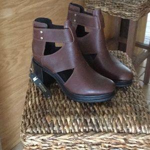 MARGO Cut-out Sorel shoes